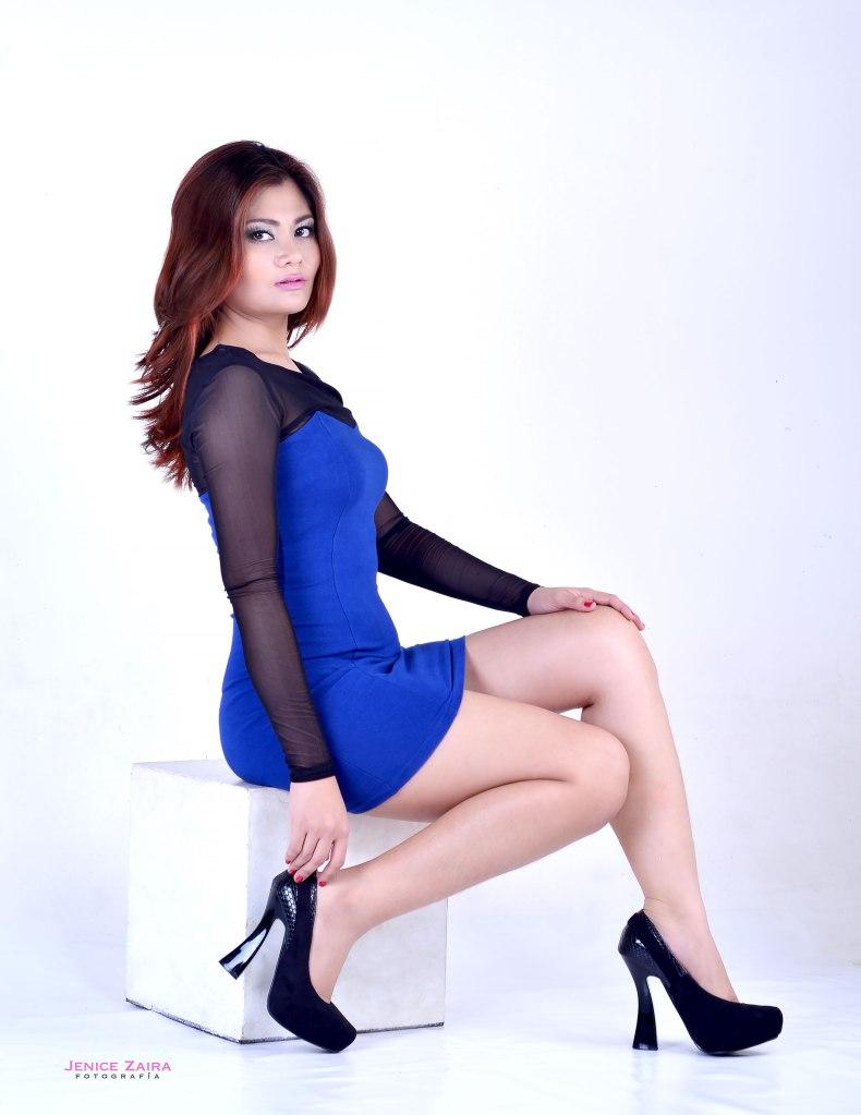 maridygonzales-classy-fabulous-fashion-photography-bulacan-jenicezairafotografia-blue-dress-sit-pose