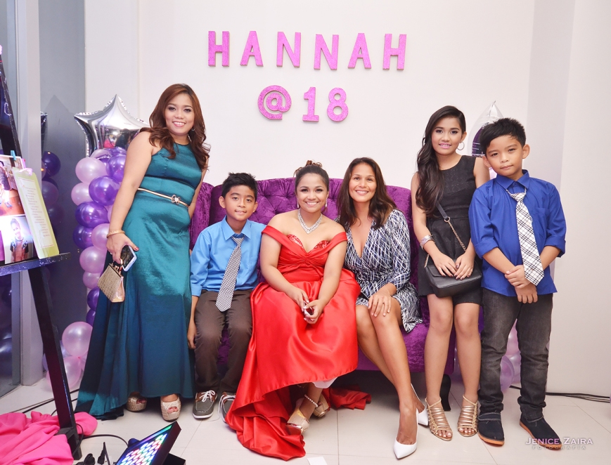 Hannah Reubal Family with Iza Calzado - GMAEC Building